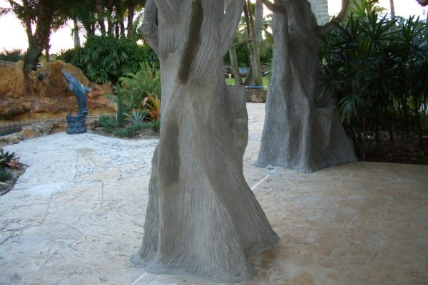 tree formed tiki hut support beams