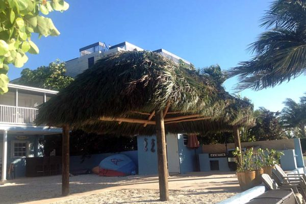 residential-tiki-huts-08