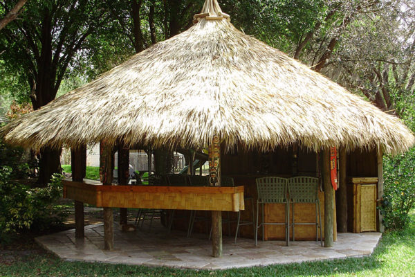 tiki-hut-residential-backyard